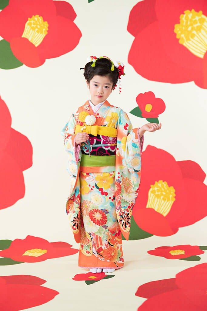 七五三撮影:着物・新日本髪でお支度をした七五三、七歳女の子の写真
