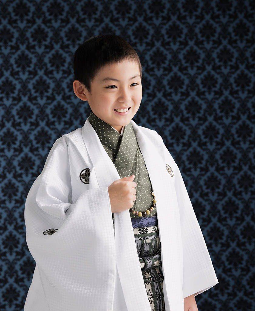 着物と羽織袴を着た10歳男の子の写真:二分の一成人式(十三参り)撮影