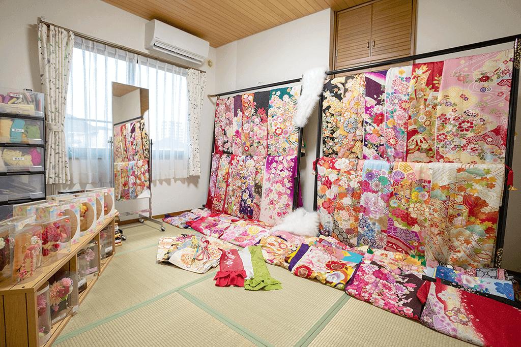 フォトスタジオ若葉の衣裳ルーム「Cobaco(コバコ)」の室内写真