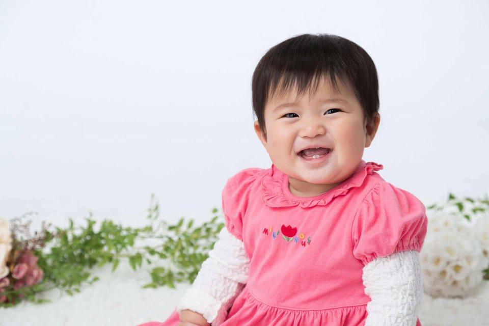 芳賀栞の赤ちゃん写真を拡大表示する